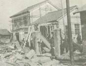 震災後の園舎、保育室